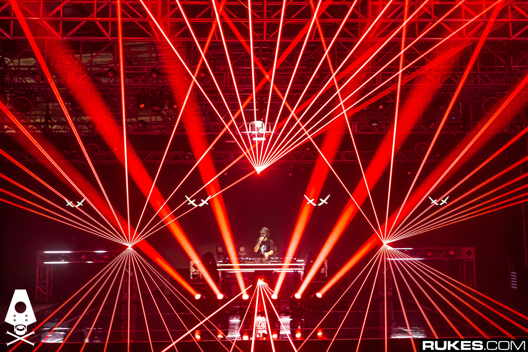 Kvant ClubMAX lasers being used at Rampage Festival 2020
